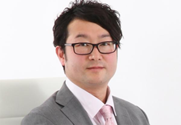 代表税理士、中山慎吾近影